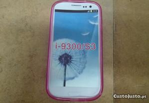 Capa em Silicone Samsung Galaxy S III (i9300) Rosa