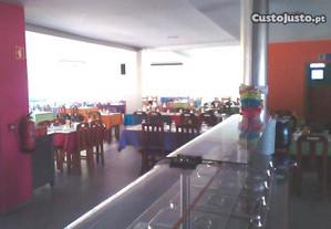 Café/Restaurante, junto à via principal-Condeixa