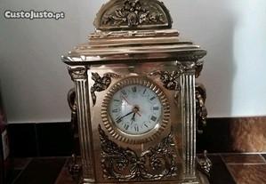 Relógio em bronze 8kg