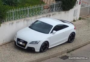 Audi TT S-Line Competition - 13