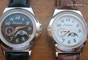 2 Relógios de Quartzo (3)