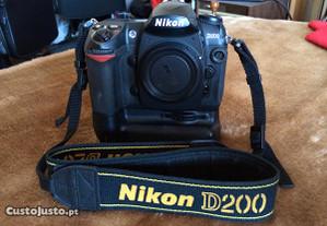 Nikon D200 + Sigma 18-50 f3.5-5.6 DC