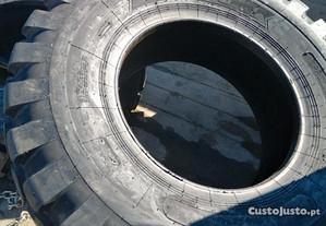 2 pneus 17.5-25 novos