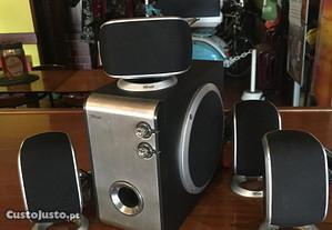 Surround speaker