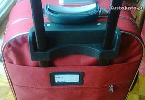 2 trolly de viagem (vermelha e preto) novas