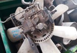 Trator- Bomba Injetora Case 580 SLE