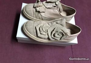 2 pares de sapatilhas tam35