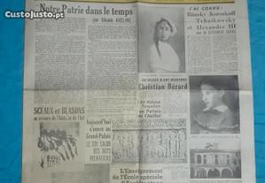 Jornal francês antigo