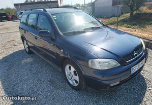 Opel Astra 1.4 16 v - 01