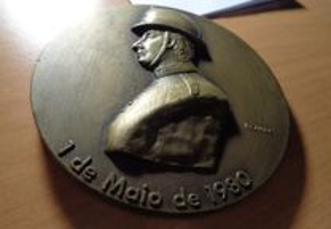 Medalha Bombeiros V.Lourosa 1 Maio 1980 Of.Envio