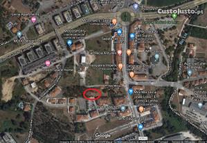 Terreno central - projecto aprovado para um prédio