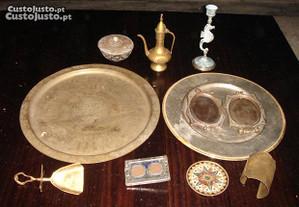 Peças decorativas em bronze e latão - Lote