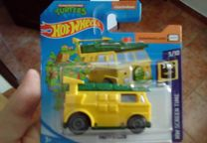 Hot Wheels - Party Wagon (Mattel)