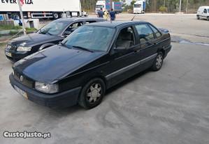 VW Passat 1.9 TDI - 93