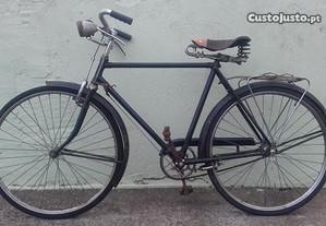 Bicicleta Pasteleira argus homem 26 antiga