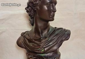 Busto de Apollo