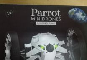 Parrot Mini Drone Jumping Sumo - Novo