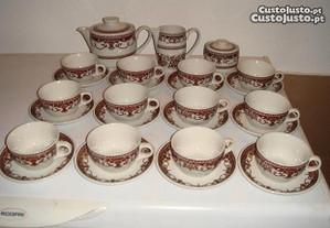 Serviço de chá,porcelana de Coimbra, NOVO