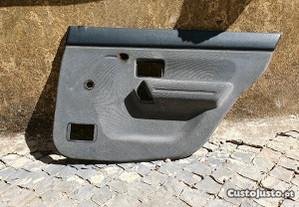 Forra/Quartela Porta Traseira Direita Renault 19