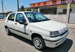 Renault Clio 1.2 - 96
