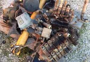 Retroescavadora - Distribuidores Case 580 SK