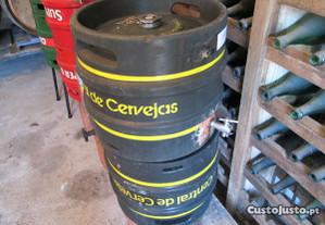 Barris de inóx, 30L e 50L Com torneira .