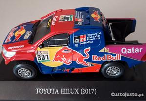 Miniatura 1:43 Toyota Hilux Red Bull Dakar 2017