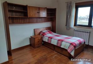 Mobília de quarto - 2 Camas com Estrado e Colchão