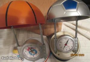 candeeiros/relógios secretária em formas de bolas