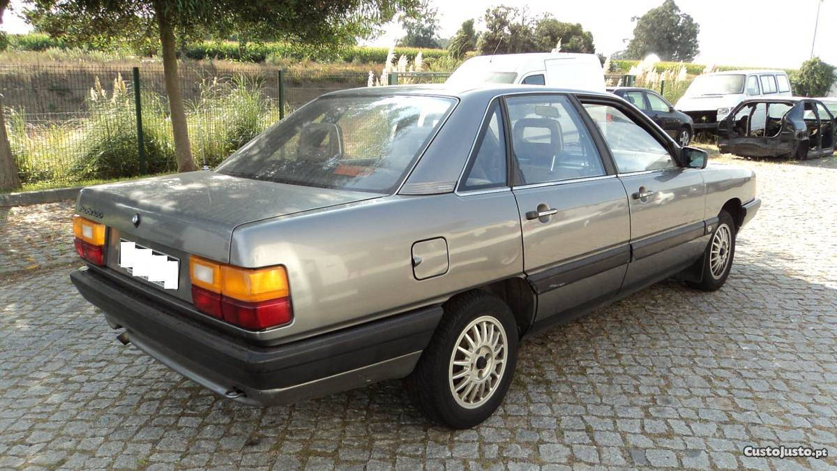 Audi 100 1.8 1986 - Para Peças - à venda - Peças e acessórios de carros, Porto - CustoJusto.pt