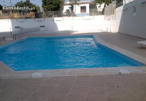 T1 em Arm. de Pera 450m praia, piscina, garagem