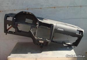 Peugeot 106 Quiksilver 2000 Tablier