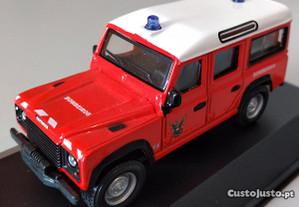 Miniatura 1:47 Low Cost Bombeiros Jipe Land Rover