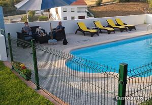 Apartamento com jardim e piscina privada