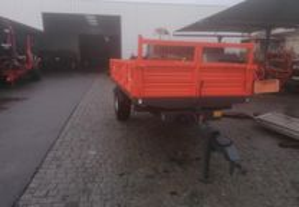 Reboque agricola Novo Tribasculante 4500 kg