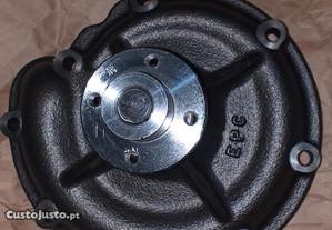 Bomba agua retro CASE 795