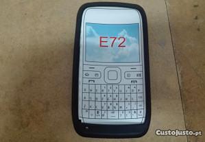 Capa em Silicone Gel Nokia E72 Preta - Nova