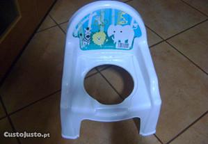Cadeira redutora de sanita