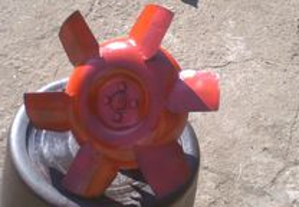 Bomba agua trator ursus c-355