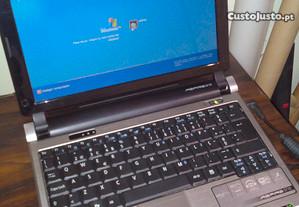 Computador portátil antigo Acer Netbook 10