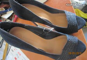 Sapatos de senhora Stradivarius, nº 36 - novos