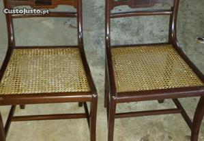 cadeiras de palhinha