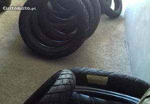 Lote de pneus de mota novos e usados