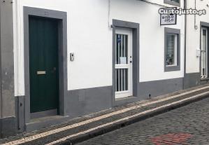 Loja no centro histórico licenciada c/ 143 m2