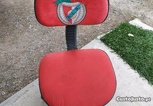 Cadeira rotativa criança