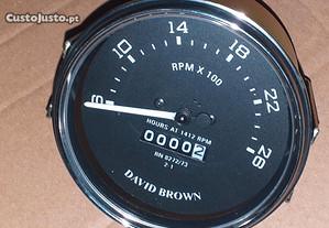 Conta horas e rotações tractor DAVID BROWN