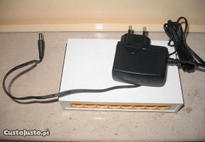 Switch 8 portas como novo - Modelo TL-SF1008D