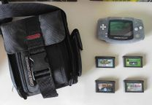 GameBoy Advance + Mochila original + 4 jogos