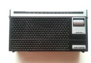 Radio antigo Grundig
