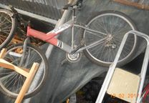 bicicleta tipo btt